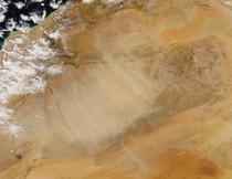 Furtuna de praf saharian