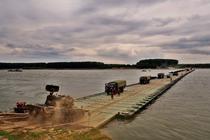 Exercitiu militar de traversare a Dunarii