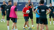 Jucatorii Barcelonei, la un antrenament