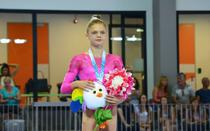 Gimnasta Denisa Maria Golgot, medaliata cu argint la sarituri (FOTE)