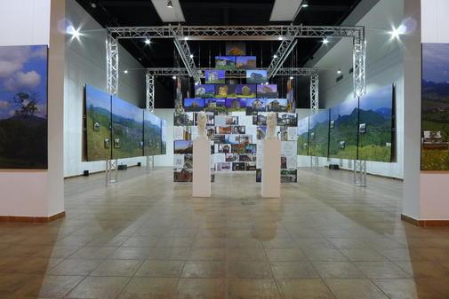 Expozitia Minunata lume noua