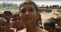 Minoritatea rohingya fuge din Myanmar din cauza atrocitatilor fortelor guvernului