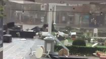 Scaune si mese de la terase doborate de furtuna la Timisoara
