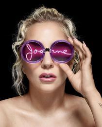 Lady Gaga îi amân turneul european