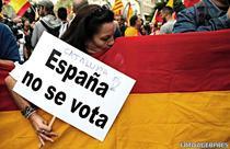 Manifestanti impotriva referendumului din Catalonia