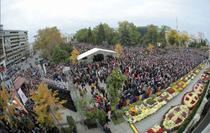 Mii de pelerini la hramul Sfintei Parascheva