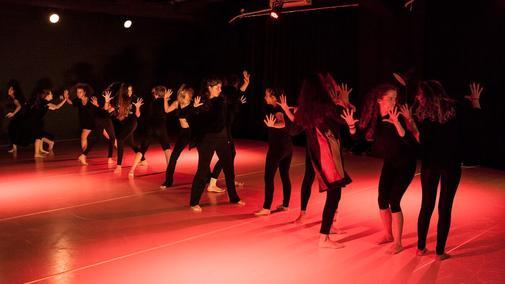 Dance_Yourself-Performance