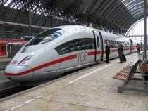 Tren ICE de mare viteza al Deutsche Bahn