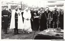 4 Regele Carol al II-lea Regina Maria si Marele Voievod de Alba Iulia Mihai I la inaugurarea Arcului de Triumf din Capitala la 1 decembrie 1936