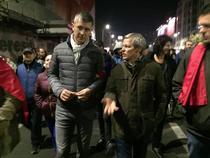 Dan Barna si Dacian Ciolos la protest