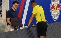 Arbitraj video in fotbal