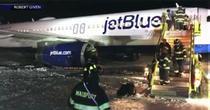 Un avion a derapat pe pista aeroportului din Boston