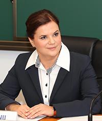 Alina Bargaoanu, decanul Facultatii de Comunicare si Relatii Publice din cadrul SNSPA
