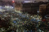 Protest 20 ianuarie: Piata Universitatii e plina