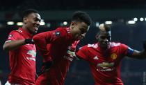 Lingard (centru), inca un gol pentru United