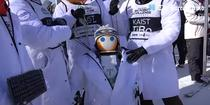 Robotii concureaza in cadrul propriei competitii de schi