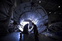 Inspectia unei rachete Falcon 9