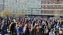 Sustinatori PSD vs. protestatari