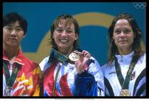 Sandra Volker (a treia de la stanga la dreapta), medaliata cu bronz la JO 1996