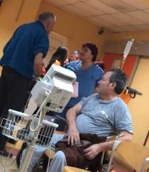 Momentul in care asistenta se rasteste la pacienti