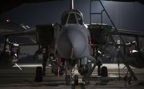 Avion RAF Tornado inarmat cu rachete Storm Shadow, pregatit sa atace Siria