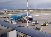 Avion Vietnam Airlines, aterizare de urgenta pe Otopeni