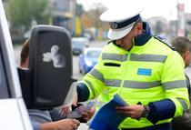 Politia da amenzi