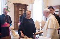 Viorica Dancila si Papa Francisc
