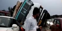Furtuni puternice în India