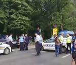 Politia blocheaza accesul protestatarilor in Piata Victoriei