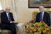 Presedintele italian Sergio Mattarella si Carlo Cottarelli