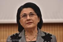 Ministrul Educaţiei revine asupra declaraţiei privind repetenţii la clasa I: Eu am pus o întrebare şi toată lumea a înţeles că Andronescu vrea să-i lase repetenţi / Poate îi vom chema vara să recupereze