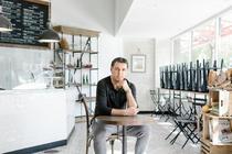 Hakan Sukur, in cafeneaua sa din Palo Alto