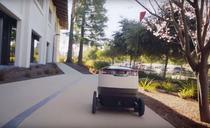 Robot de livrare