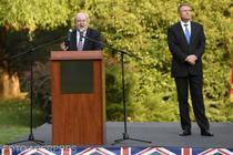 Ambasadorul Paul Brummell si presedintele Klaus Iohannis, la evenimentul Ziua Reginei 2018