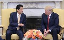 Shinzo Abe si Donald Trump