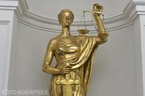 Statuia zeitei dreptatii, Themis, din holul Parchetului General