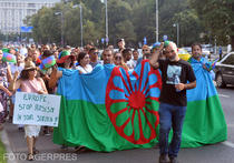 Mars de protest organizat de activistii romi