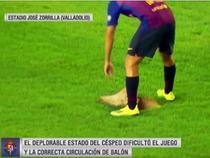 Jordi Alba si gazonul deplorabil de pe Estadio José Zorrilla