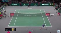 Novak Djokovic si defensiva sa de nebatut