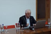 Eugen Radulescu, dir BNR, la conferinta de la Sinaia