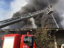 Incendiu la un depozit din Ploiesti