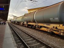 Tren de marfa in Gara de Nord