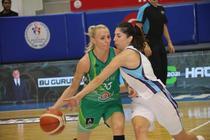 Ancuta Stoenescu (verde)