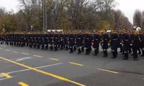 Repetitii parada militara
