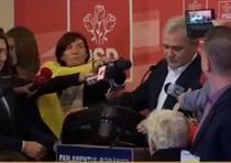 Dragnea a venit cu doua valize la Parlament