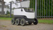 Curierul robot