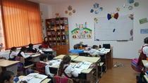 Elevi de la Şcoala din Mihăileşti, Buzău