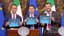 Premierul Italiei, Giuseppe Conte, ministrul Muncii, Luigi Di Maio și ministrul de Interne, Matteo Salvini