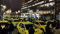 Circulaţie puternic perturbată în centrul Bucureştiului de un protest al taximetriştilor / Bd Lascăr Catargiu, blocat de la hotelul Minerva până în Piaţa Victoriei